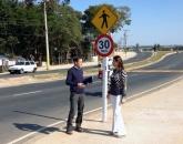Lombadas e sinalizações para a Rod. Waldomiro Correa de Camargo